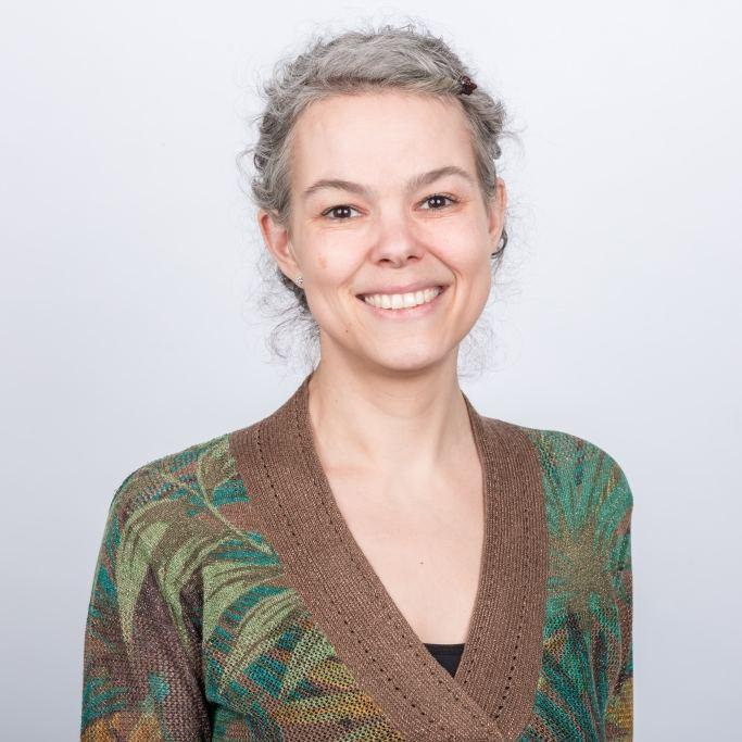 Esther Tschuschke